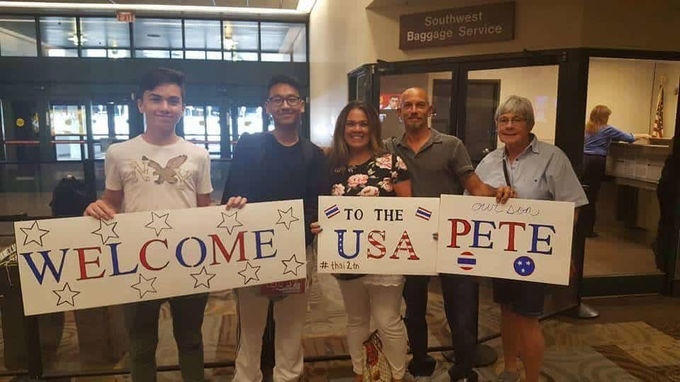 host families welcoming exchange student